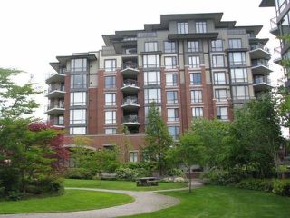 """Photo 1: 703 1581 FOSTER Street: White Rock Condo for sale in """"Sussex House"""" (South Surrey White Rock)  : MLS®# F1316074"""