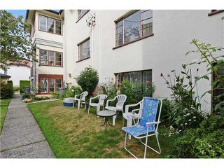 "Photo 12: 4 2110 W 47TH Avenue in Vancouver: Kerrisdale Condo for sale in ""BOULEVARD APARTMENTS"" (Vancouver West)  : MLS®# V1025864"
