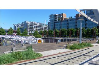 Photo 5: # 510 1661 ONTARIO ST in Vancouver: False Creek Condo for sale (Vancouver West)  : MLS®# V1012796