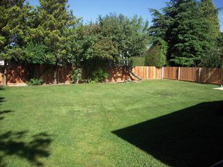 """Photo 4: 2057 STEVENSON Street in Abbotsford: Central Abbotsford House for sale in """"Mill Lake/Cenral District"""" : MLS®# F1416485"""