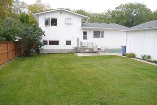Photo 10: 102 Greyfriars Road in Winnipeg: Fort Richmond Single Family Detached for sale (South Winnipeg)  : MLS®# 1425384