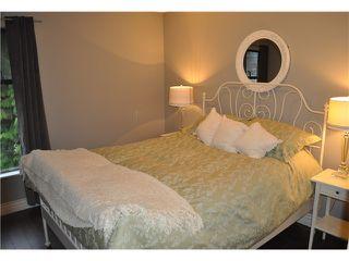 Photo 9: 492 LEHMAN PL in Port Moody: North Shore Pt Moody Condo for sale : MLS®# V1095381