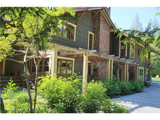 Photo 2: 943 CHAMBERLIN RD in Gibsons: Gibsons & Area House for sale (Sunshine Coast)  : MLS®# V1126085