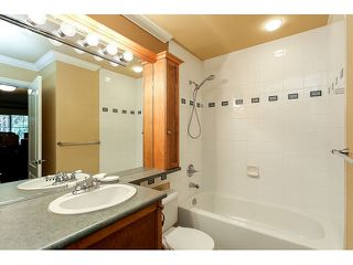 Photo 19: 308 15342 20 AVENUE in Surrey: King George Corridor Condo for sale (South Surrey White Rock)  : MLS®# R2005987