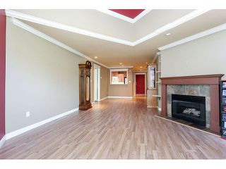 Photo 12: 308 15342 20 AVENUE in Surrey: King George Corridor Condo for sale (South Surrey White Rock)  : MLS®# R2005987