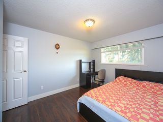 Photo 12: Coquitlam: Condo for sale : MLS®# R2062021