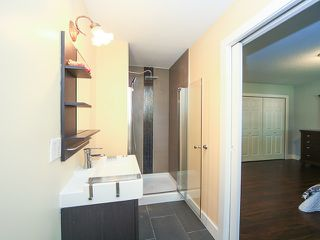 Photo 10: Coquitlam: Condo for sale : MLS®# R2062021