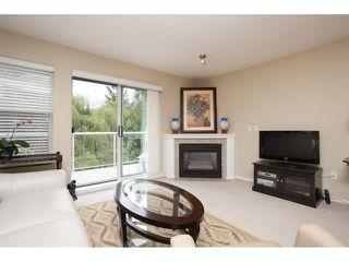 Photo 3: 312 27358 32 Avenue in Aldergrove: Condo for sale : MLS®# R2084397
