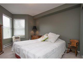 Photo 7: 312 27358 32 Avenue in Aldergrove: Condo for sale : MLS®# R2084397
