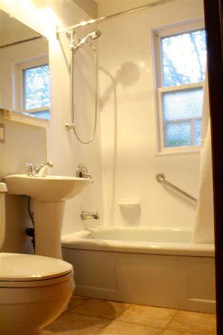 Photo 8: 12815 117 AV NW NW in Edmonton: Zone 07 House for sale : MLS®# E4044223