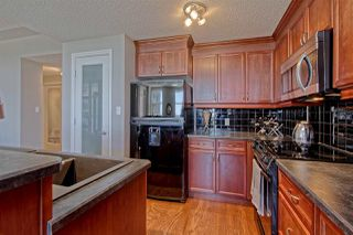 Photo 9: 9020 JASPER AV NW in Edmonton: Zone 13 Condo for sale : MLS®# E4122786