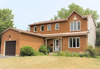 Main Photo: 910 Cornell Cres in Cobourg: Residential Detached for sale : MLS®# 207624