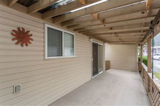 "Photo 18: 153 9080 198 Street in Langley: Walnut Grove Manufactured Home for sale in ""FOREST GREEN"" : MLS®# R2400538"