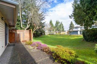 "Photo 18: 33 9979 151 Street in Surrey: Guildford Townhouse for sale in ""Spencer's Gate"" (North Surrey)  : MLS®# R2445675"
