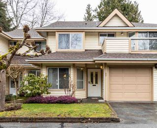 "Photo 2: 33 9979 151 Street in Surrey: Guildford Townhouse for sale in ""Spencer's Gate"" (North Surrey)  : MLS®# R2445675"