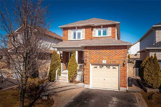 Photo 2: 5 Daley Avenue in Clarington: Bowmanville House (2-Storey) for sale : MLS®# E4745943