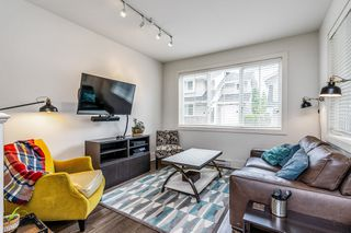 """Photo 3: 89 12161 237 Street in Maple Ridge: East Central Townhouse for sale in """"VILLAGE GREEN"""" : MLS®# R2458222"""
