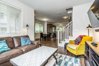 """Photo 4: 89 12161 237 Street in Maple Ridge: East Central Townhouse for sale in """"VILLAGE GREEN"""" : MLS®# R2458222"""
