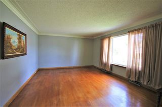 Photo 2: 26 Portland Avenue in Winnipeg: Residential for sale (2D)  : MLS®# 202010814