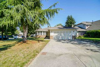 Photo 3: 9092 160A Street in Surrey: Fleetwood Tynehead House for sale : MLS®# R2481370
