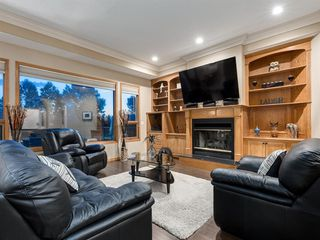 Photo 2: 55 SPRING MEADOWS Lane: Calgary Detached for sale : MLS®# A1016168