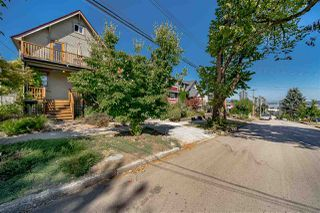 Main Photo: 363 ALBERTA Street in New Westminster: Sapperton House for sale : MLS®# R2483668