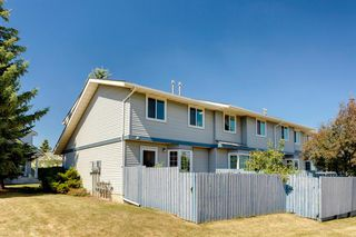 Photo 35: 57 BERMUDA Lane NW in Calgary: Beddington Heights Row/Townhouse for sale : MLS®# A1024812