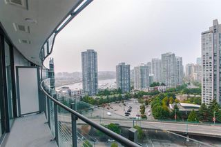 Photo 15: 1702 89 NELSON Street in Vancouver: Yaletown Condo for sale (Vancouver West)  : MLS®# R2502656