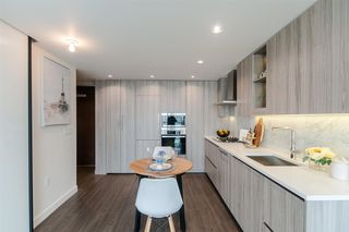 Photo 8: 1702 89 NELSON Street in Vancouver: Yaletown Condo for sale (Vancouver West)  : MLS®# R2502656