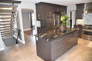Photo 3: 30 Park Terrace Drive in Winnipeg: Southdale Residential for sale (2H)  : MLS®# 202025345