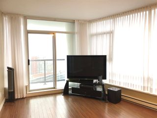 "Photo 3: 3302 928 BEATTY Street in Vancouver: Yaletown Condo for sale in ""THE MAX"" (Vancouver West)  : MLS®# R2512204"