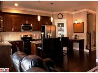 "Photo 3: 20 8358 121A Street in Surrey: Queen Mary Park Surrey Townhouse for sale in ""KENNEDY TRAIL"" : MLS®# F1206595"