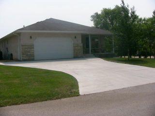 Photo 1: 17 MANITOBA Street in HEADINGLEY: Headingley North Residential for sale (West Winnipeg)  : MLS®# 1214726