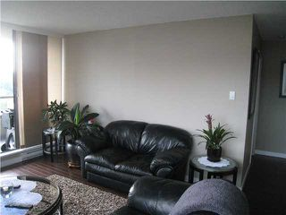 """Photo 6: 1306 9521 CARDSTON Court in Burnaby: Government Road Condo for sale in """"CONCORD PLACE"""" (Burnaby North)  : MLS®# V972669"""