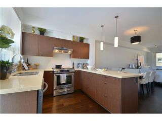 Photo 2: 4525 PRINCE ALBERT Street in Vancouver: Fraser VE Condo for sale (Vancouver East)  : MLS®# V963558