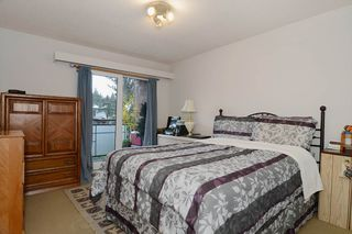 "Photo 7: 403 360 E 2ND Street in North Vancouver: Lower Lonsdale Condo for sale in ""EMERALD MANOR"" : MLS®# V993819"