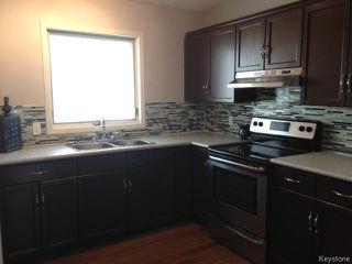 Photo 5: 141 Apple Lane in WINNIPEG: Westwood / Crestview Residential for sale (West Winnipeg)  : MLS®# 1319133