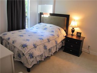 Photo 11: # 202 2668 ASH ST in Vancouver: Fairview VW Condo for sale (Vancouver West)  : MLS®# V1026379