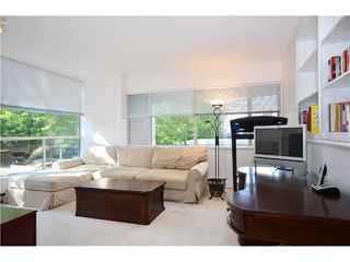 Photo 3: # 202 2668 ASH ST in Vancouver: Fairview VW Condo for sale (Vancouver West)  : MLS®# V1026379