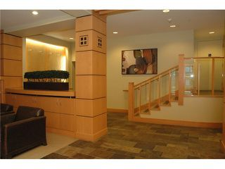 Photo 3: # 313 2263 REDBUD LN in Vancouver: Kitsilano Condo for sale (Vancouver West)  : MLS®# V1026120