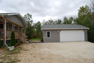 Photo 4: 65012 Monominto Road in RM Springfield: Single Family Detached for sale : MLS®# 1405454