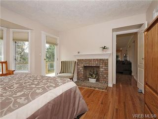 Photo 12: 3877 Mildred Street in VICTORIA: SW Strawberry Vale Residential for sale (Saanich West)  : MLS®# 334869