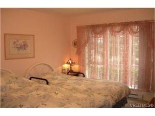 Photo 5:  in VICTORIA: SW Tillicum Condo for sale (Saanich West)  : MLS®# 461777