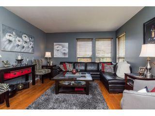 Photo 4: 18746 56B AV in Surrey: Cloverdale BC House for sale (Cloverdale)  : MLS®# F1437247