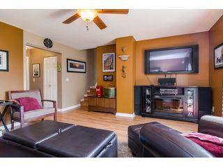 Photo 10: 18746 56B AV in Surrey: Cloverdale BC House for sale (Cloverdale)  : MLS®# F1437247