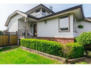 Photo 2: 18746 56B AV in Surrey: Cloverdale BC House for sale (Cloverdale)  : MLS®# F1437247