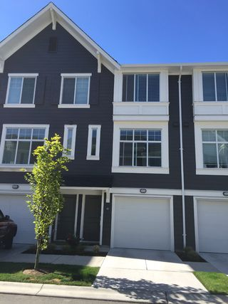 Photo 1: # 40 18681 68th Avenue in Surrey: Cloverdale BC Townhouse for sale (Cloverdale)  : MLS®# F1445869