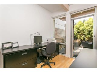 Photo 9: 2115 W 1ST AVENUE in Vancouver: Kitsilano House 1/2 Duplex for sale (Vancouver West)  : MLS®# V1142221
