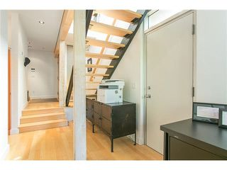 Photo 8: 2115 W 1ST AVENUE in Vancouver: Kitsilano House 1/2 Duplex for sale (Vancouver West)  : MLS®# V1142221
