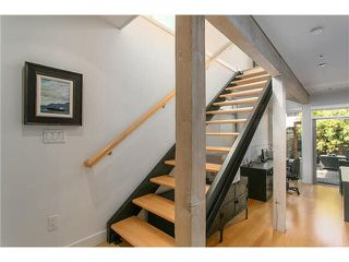 Photo 7: 2115 W 1ST AVENUE in Vancouver: Kitsilano House 1/2 Duplex for sale (Vancouver West)  : MLS®# V1142221